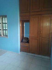 Gallery Cover Image of 650 Sq.ft 1 BHK Independent Floor for rent in Chamrajpet for 10000