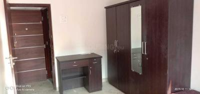Gallery Cover Image of 700 Sq.ft 2 BHK Apartment for rent in Vile Parle West for 90000