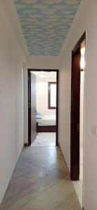 Gallery Cover Image of 1350 Sq.ft 3 BHK Apartment for rent in Chhattarpur for 30000
