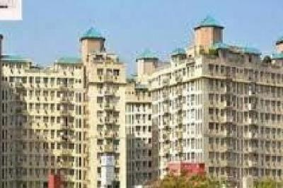 Gallery Cover Image of 1376 Sq.ft 3 BHK Apartment for rent in DLF Ridgewood Estate, DLF Phase 4 for 40000