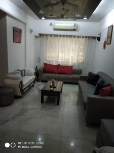 Gallery Cover Image of 2200 Sq.ft 4 BHK Independent House for buy in Powai for 60000000