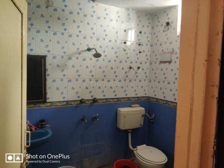 Bathroom Image of Girls PG in Tilak Nagar