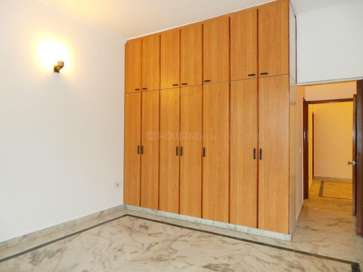 Bedroom Image of 8000 Sq.ft 3 BHK Independent House for buy in Vasant Vihar for 68000000