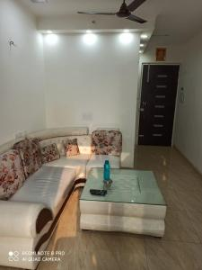 Gallery Cover Image of 1375 Sq.ft 3 BHK Apartment for buy in Gaursons Hi Tech 14th Avenue, Noida Extension for 5000000