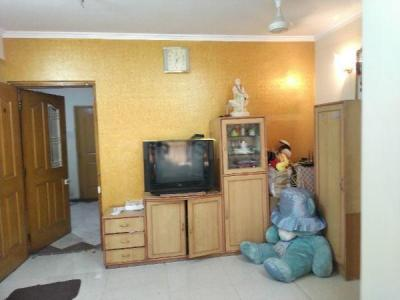 Gallery Cover Image of 650 Sq.ft 1 BHK Apartment for rent in Raheja Eastate, Borivali East for 25000