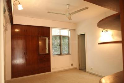 Gallery Cover Image of 1800 Sq.ft 2 BHK Independent Floor for rent in Green Park for 50000