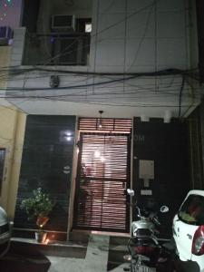 Main Entrance Image of PG 5597266 Ranjeet Nagar in Ranjeet Nagar