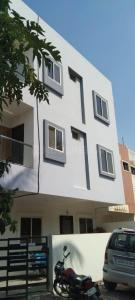 Gallery Cover Image of 420 Sq.ft 1 BHK Apartment for buy in Shreeji Apartment, Bhicholi Mardana for 1651000