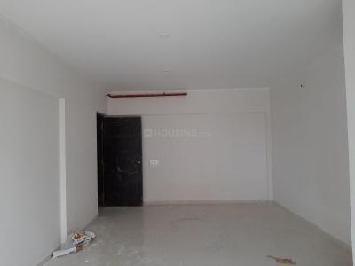 Gallery Cover Image of 980 Sq.ft 2 BHK Apartment for buy in Malad West for 17900000