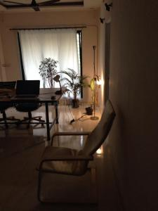 Gallery Cover Image of 1050 Sq.ft 2 BHK Apartment for rent in Seawoods for 25000