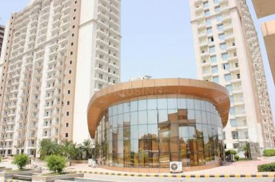 Gallery Cover Image of 1700 Sq.ft 3 BHK Apartment for rent in Supertech Czar Suites, Omicron I Greater Noida for 8000