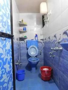 Common Bathroom Image of PG 5818773 Mulund West in Mulund West