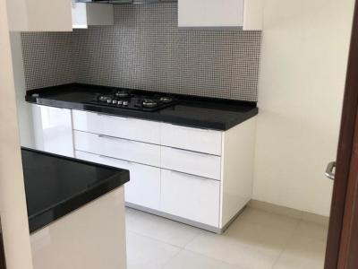 Gallery Cover Image of 1000 Sq.ft 2 BHK Apartment for rent in Andheri East for 56000