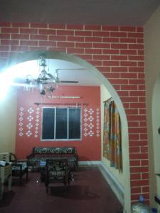 Gallery Cover Image of 1100 Sq.ft 2 BHK Independent Floor for rent in Barisha for 13000