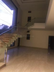 Gallery Cover Image of 10000 Sq.ft 4 BHK Villa for rent in Fatehpur Beri for 300000