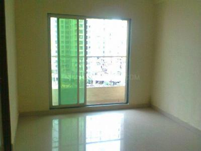 Gallery Cover Image of 670 Sq.ft 1 BHK Apartment for rent in Kalyan West for 8000