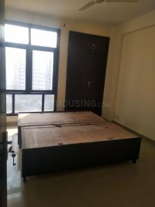 Gallery Cover Image of 1735 Sq.ft 3 BHK Apartment for rent in PI Greater Noida for 8000