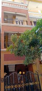 Gallery Cover Image of 600 Sq.ft 1 BHK Independent House for rent in Wilson Garden for 11000