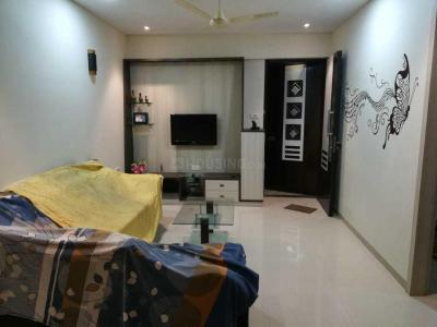 Gallery Cover Image of 1120 Sq.ft 2 BHK Apartment for rent in Kandivali East for 37000