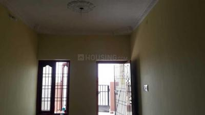 Gallery Cover Image of 1025 Sq.ft 2 BHK Apartment for buy in Kolathur for 6500000