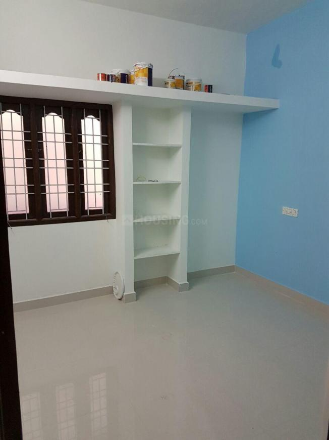 Bedroom Image of 450 Sq.ft 1 RK Independent House for buy in Chengalpattu for 1530000