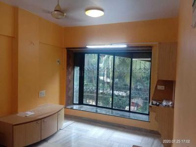 Gallery Cover Image of 700 Sq.ft 1 BHK Apartment for rent in Sai Pooja, Khar West for 50000