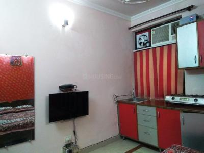 Gallery Cover Image of 550 Sq.ft 1 RK Independent House for rent in Sector 7 Dwarka for 17000