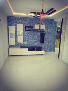 Gallery Cover Image of 1125 Sq.ft 2 BHK Apartment for rent in Narsingi for 23000