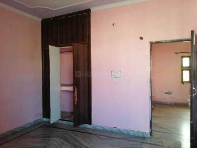 Gallery Cover Image of 650 Sq.ft 1 RK Apartment for rent in Sector-12A for 4500