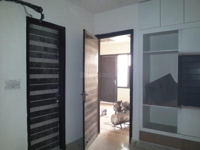 Gallery Cover Image of 650 Sq.ft 2 BHK Independent Floor for buy in Sector 6 Rohini for 6000000