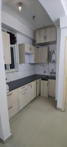 Gallery Cover Image of 1150 Sq.ft 2 BHK Apartment for rent in Supertech Cape Town, Sector 74 for 15000
