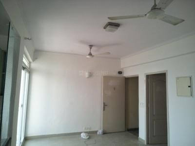 Gallery Cover Image of 1110 Sq.ft 2 BHK Apartment for rent in Amrapali Castle, Chi V Greater Noida for 10000