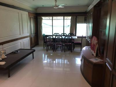 Gallery Cover Image of 1050 Sq.ft 3 BHK Apartment for rent in Vile Parle West for 100000