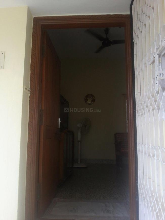 Main Entrance Image of 900 Sq.ft 2 BHK Independent Floor for rent in Madipakkam for 12000
