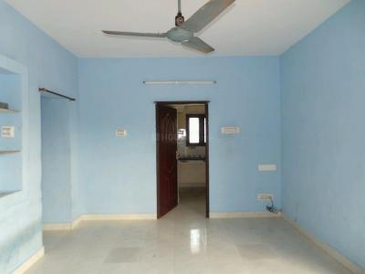 Gallery Cover Image of 910 Sq.ft 2 BHK Independent Floor for buy in Kattupakkam for 4500000