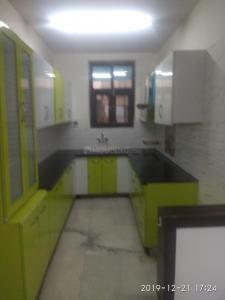 Gallery Cover Image of 1450 Sq.ft 3 BHK Apartment for rent in Sector 11 Dwarka for 30000