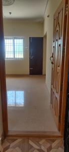 Gallery Cover Image of 1250 Sq.ft 3 BHK Apartment for buy in Sri Chakara Flats, Medavakkam for 7500000