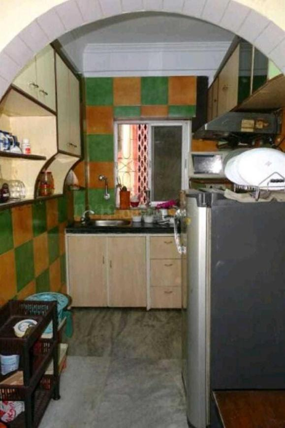Kitchen Image of 870 Sq.ft 2 BHK Apartment for rent in Chinar Park for 19000