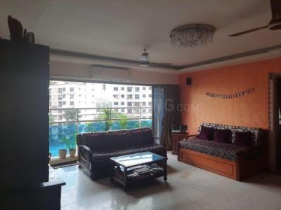 Gallery Cover Image of 1200 Sq.ft 2 BHK Apartment for buy in RNA Sapphire, Andheri West for 24000000