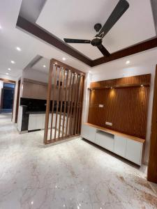 Gallery Cover Image of 650 Sq.ft 1 BHK Apartment for buy in Gyan Khand for 3000000