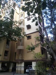 Gallery Cover Image of 650 Sq.ft 1 BHK Apartment for rent in Dahisar West for 20000