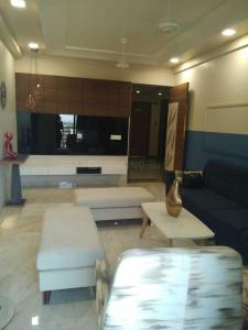Gallery Cover Image of 2250 Sq.ft 3 BHK Apartment for rent in Satellite for 45000