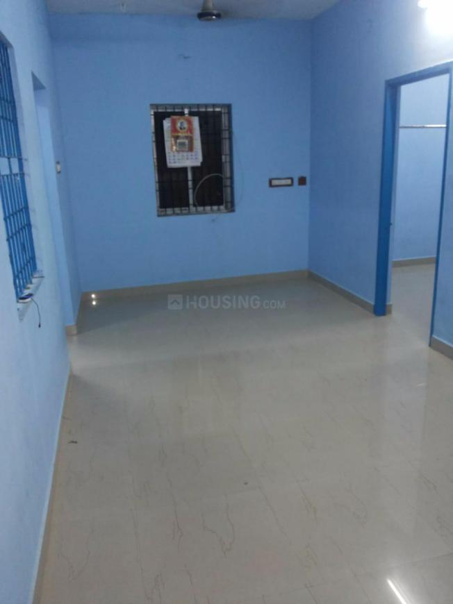 Living Room Image of 1150 Sq.ft 3 BHK Apartment for rent in Mambakkam for 8000