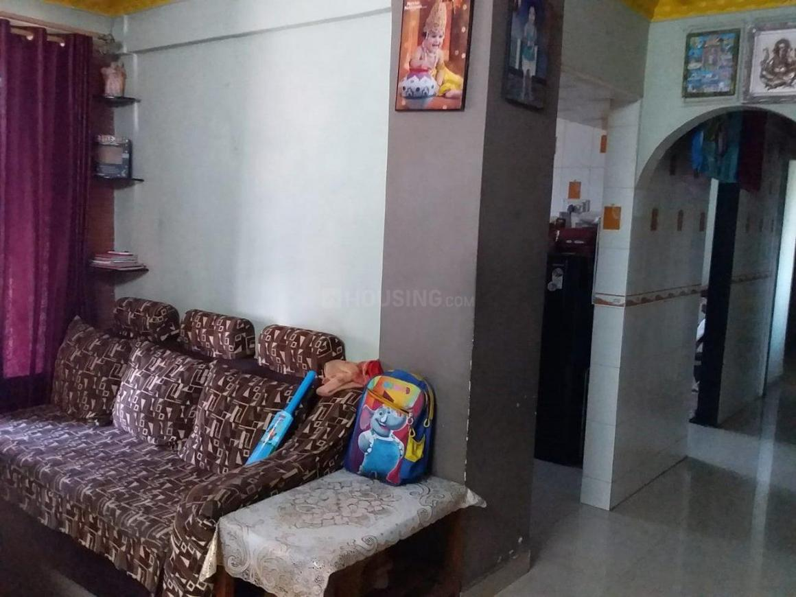 Living Room Image of 810 Sq.ft 2 BHK Apartment for buy in Kalyan West for 5500000