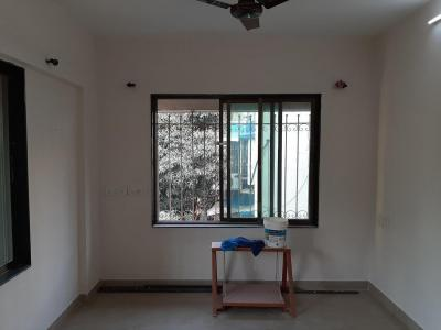 Gallery Cover Image of 750 Sq.ft 2 BHK Apartment for rent in Vile Parle East for 58000
