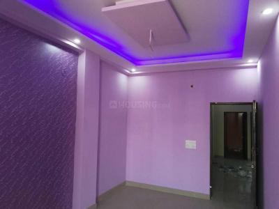 Gallery Cover Image of 1150 Sq.ft 3 BHK Independent Floor for buy in Govindpuram for 1925000