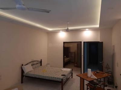 Gallery Cover Image of 600 Sq.ft 1 BHK Independent Floor for rent in DLF Phase 1 for 22000