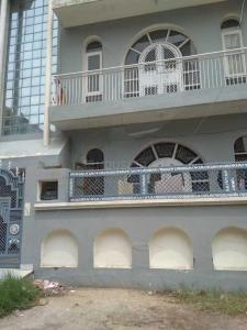 Gallery Cover Image of 1300 Sq.ft 4 BHK Independent House for buy in Beta I Greater Noida for 8200000