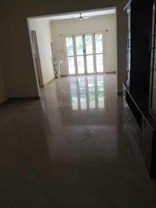 Gallery Cover Image of 1250 Sq.ft 2 BHK Apartment for rent in Mahadevapura for 32000