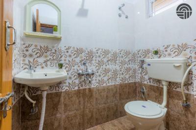 Bathroom Image of Helloworld Hope Valley in BTM Layout